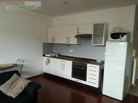 Na prenájom krásny 2 izbový byt na KRAMÁROCH za 560€ mesačne!!